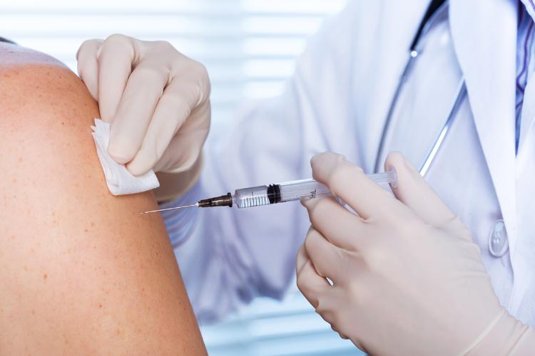 CNT solicita inclusão dos profissionais do transporte no grupo prioritário da campanha da influenza 2021