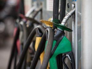 Vendas de diesel, etanol e gasolina recuam 6,8% no Brasil