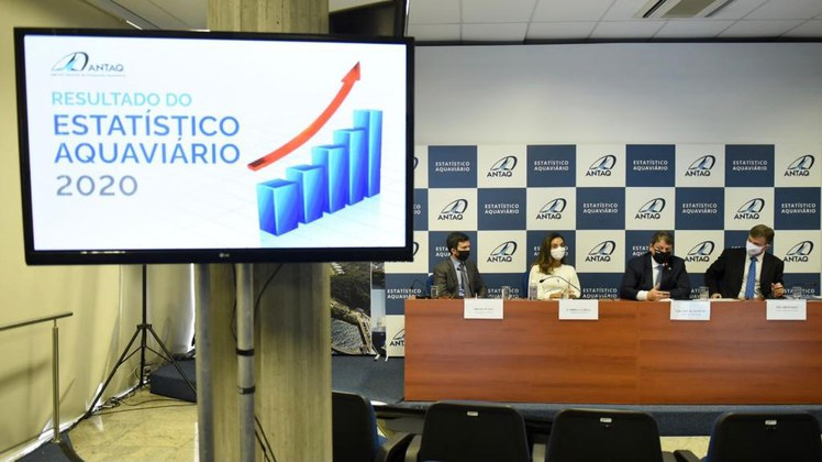 Ano de 2021 terá revolução na infraestrutura aquaviária, afirma ministro