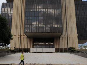 Contas públicas têm superávit de R$ 4,981 bilhões em março