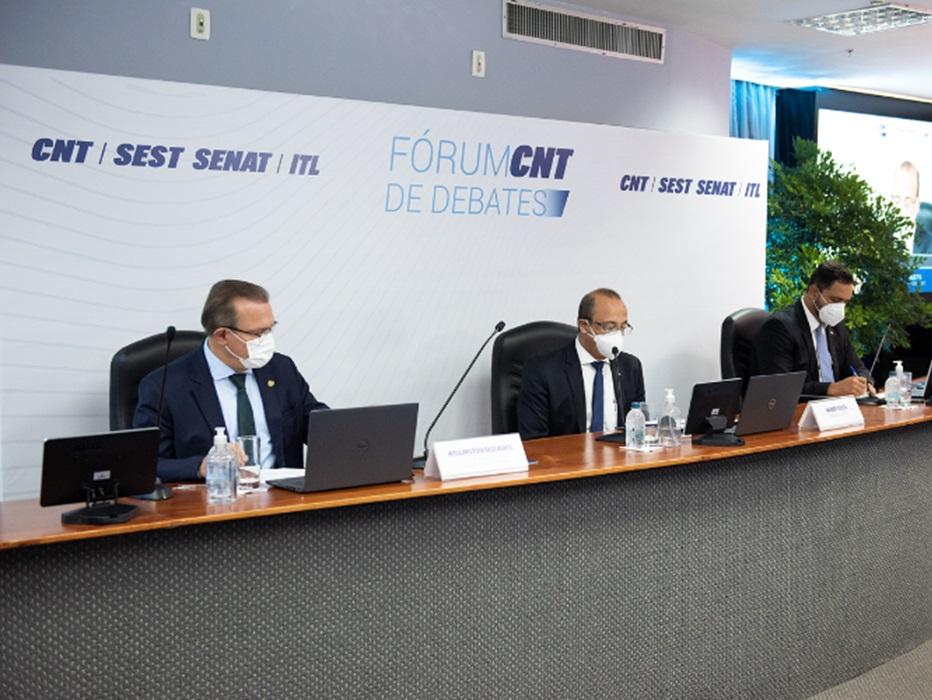 Desafios para o investimento em infraestrutura marcam último dia do Fórum CNT de Debates