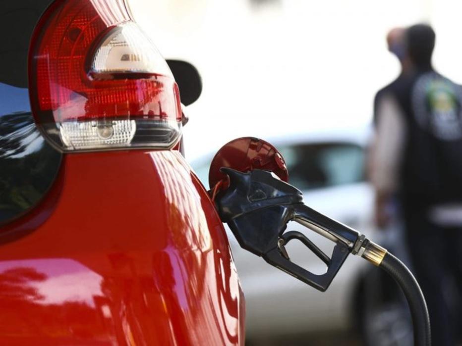 Comissão debate propostas que alteram cobrança de ICMS sobre combustíveis