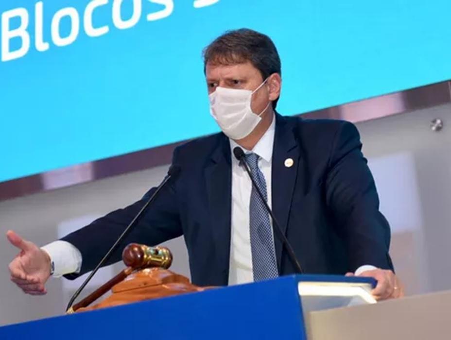 Tarcísio: Mudanças na infraestrutura de estradas serão feitas pelo setor privado