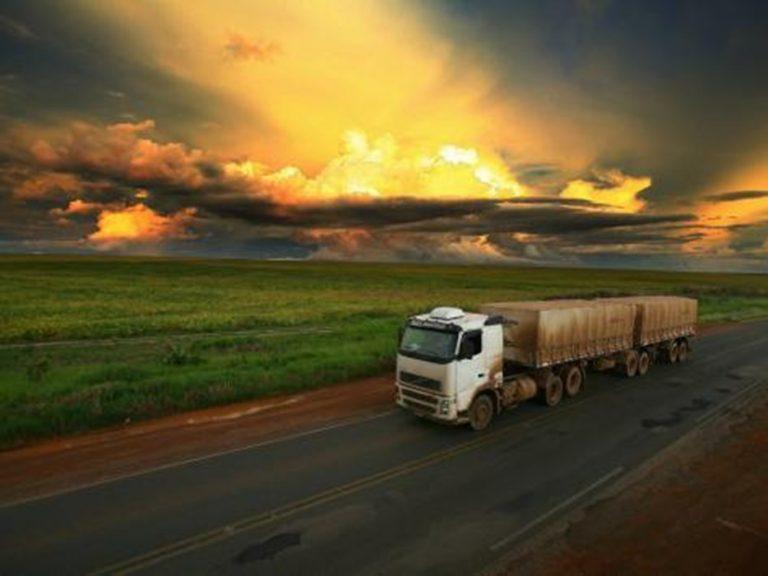 Roubos e furtos de caminhões crescem 18% no primeiro trimestre