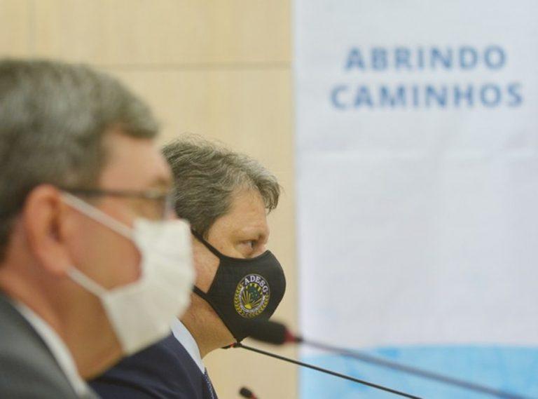 Excelência do trabalho do DNIT permite inovação na infraestrutura, afirma Tarcísio
