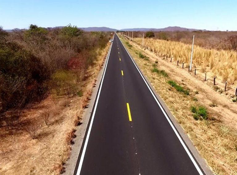 DNIT conclui recuperação de 30 km da BR-430/BA