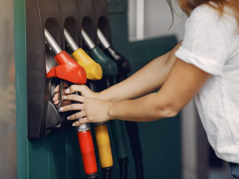 O preço médio do diesel avançou quase R$ 1,00 por litro até julho