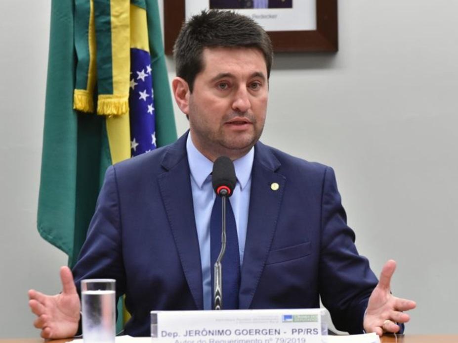 Deputados vão discutir desoneração da folha com governo