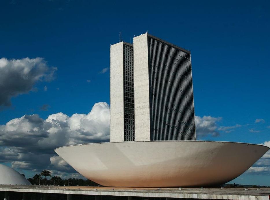 Câmara aprova medida sobre renegociação de dívidas de empresas