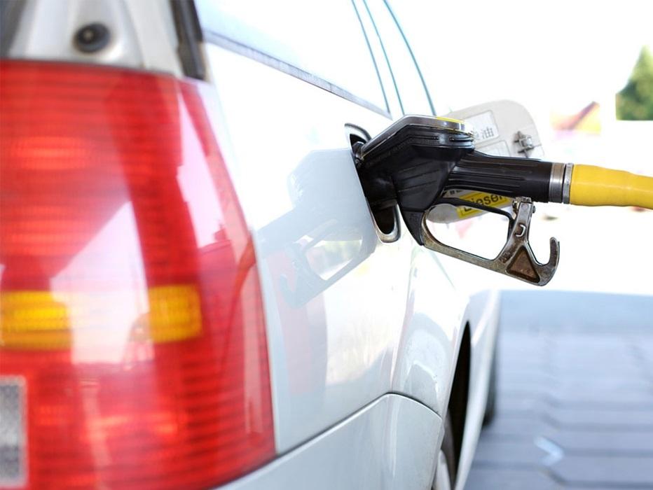 Petrobrás estuda sugerir o uso de recursos de leilões do pré-sal para amortecer preço de combustível
