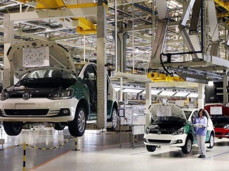Brasil tem 29 fábricas de veículos paradas: 'Crise sem precedentes'