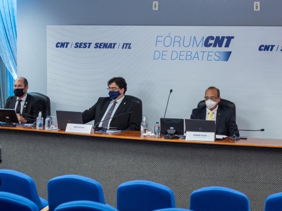 Fórum CNT de Debates aborda privatização como alternativa para reequilibrar as contas do país