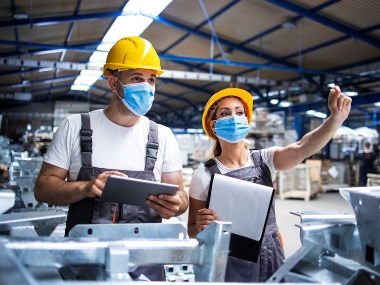 Produção industrial cresce em maio, após queda em abril, diz CNI