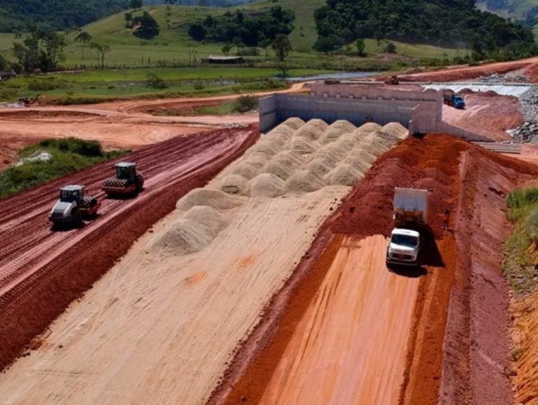Presidente da República e ministro da Infraestrutura sobrevoam obras do DNIT no Espírito Santo