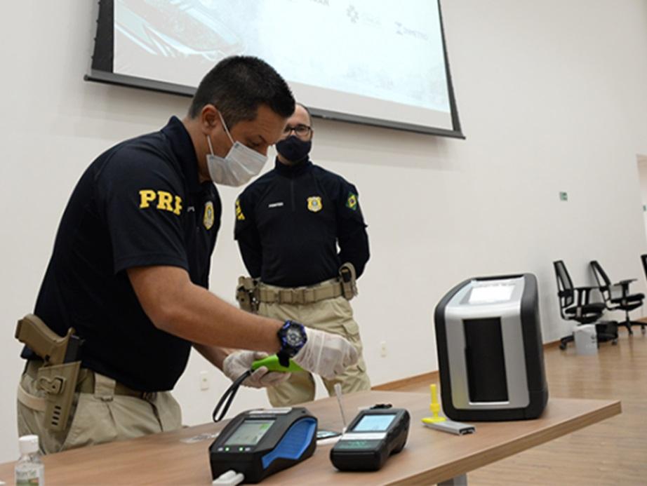 Governo Federal inicia primeiros testes com 'drogômetro' nas rodovias
