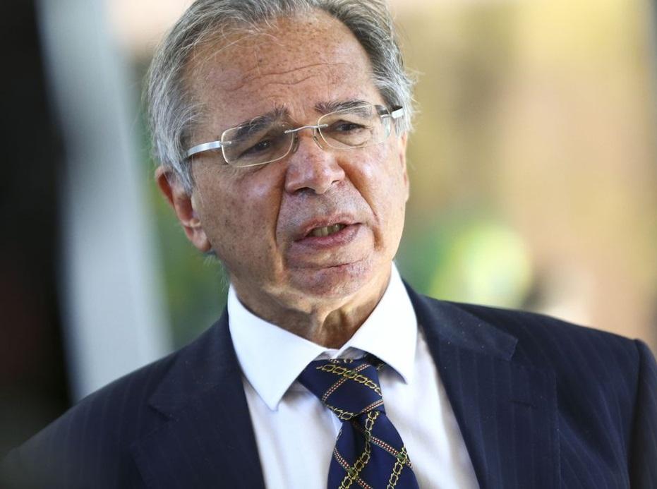 Ministro nega que Brasil esteja perdendo controle da economia
