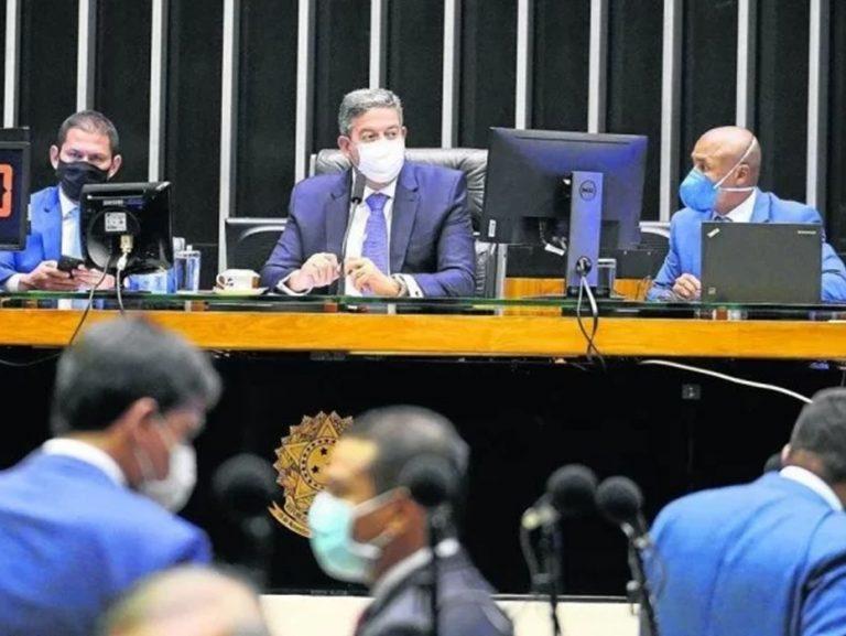 Sem acordo, Câmara retira reforma do IR de pauta pela segunda vez
